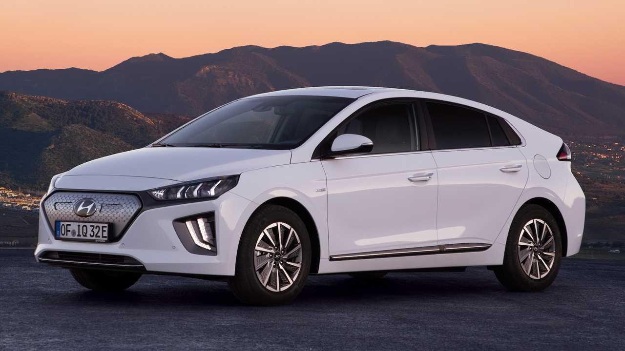 Electric Vehicle: Hyundai Ioniq Electric
