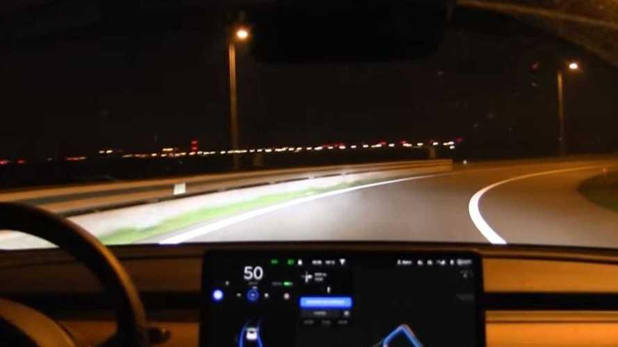 Watch Tesla Model 3 Navigate On Autopilot Through Amsterdam