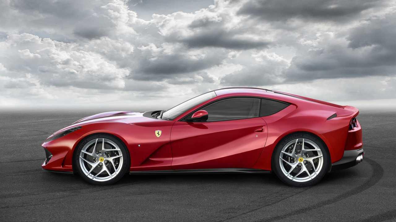 Ferrari 812 Superfast - 3 matriculaciones