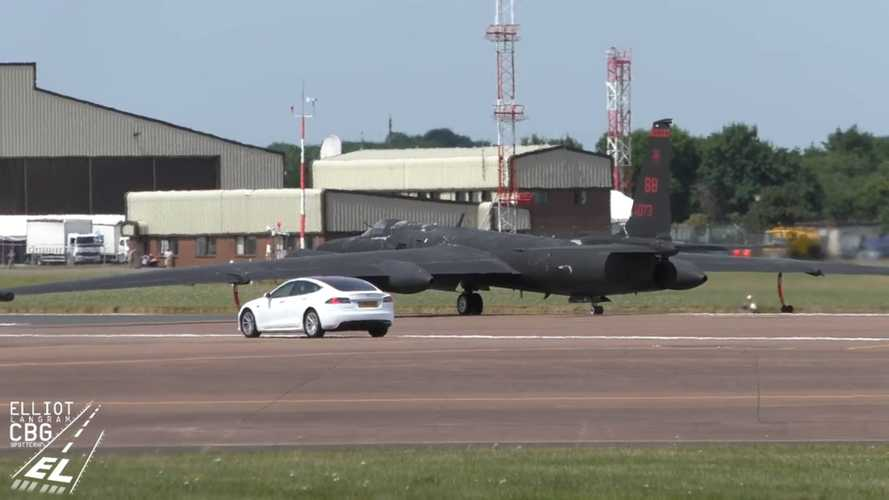 Tesla Model S Works As Chase Car For U-2S Take-Off At RAF Base