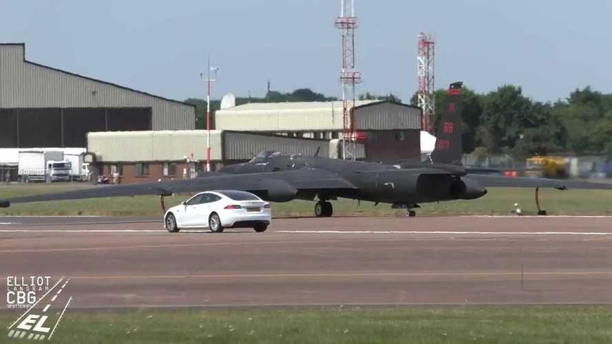 Tesla Model S chase car for RAF U-2S