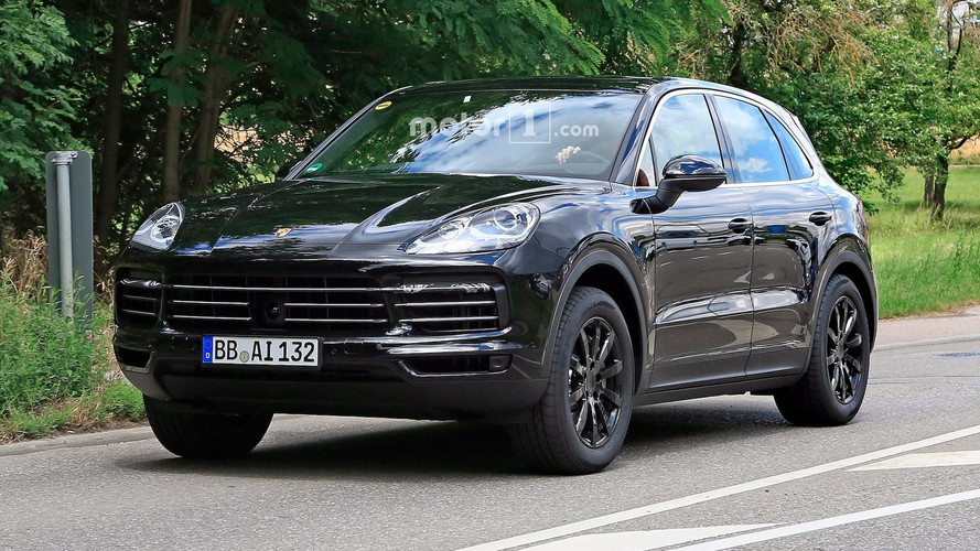 Big-Mouthed 2019 Porsche Cayenne Caught Grinning On The Street