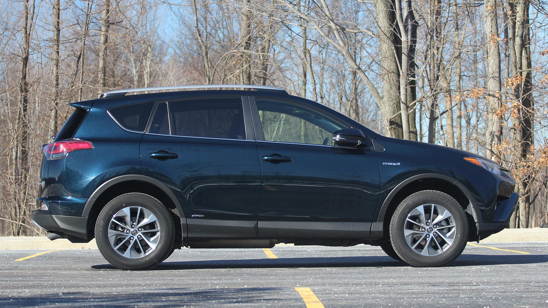 2017 Toyota Rav4 Hybrid Review In The Competition S Crosshairs
