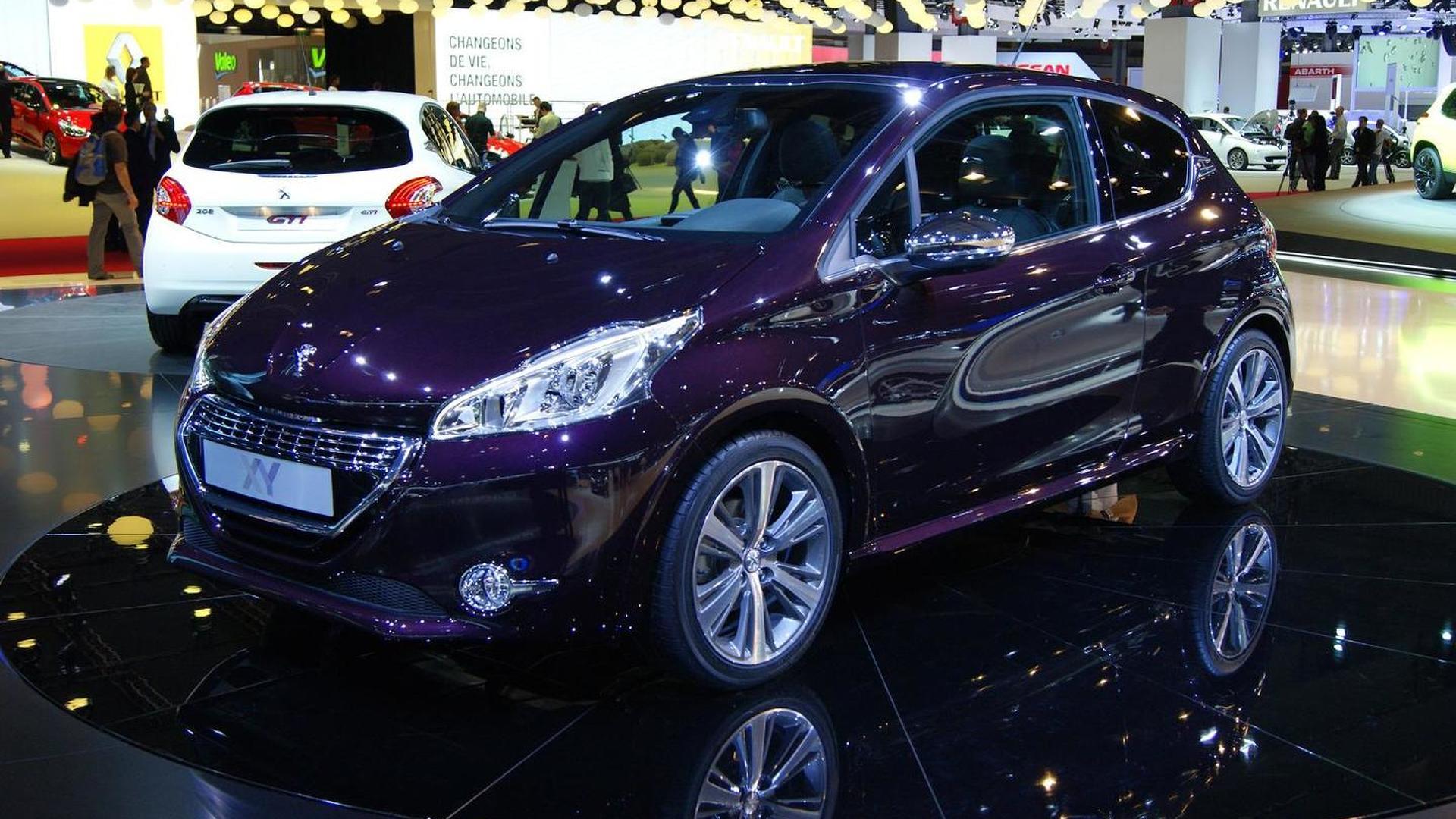 2019 - [Renault]  Captur II [HJB]  - Page 28 2012-336579-peugeot-208-xy-at-2012-paris-motor-show1