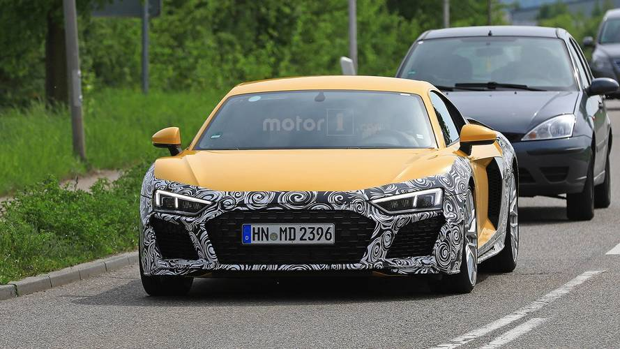 Makyajlı Audi R8 casus fotoğraflar