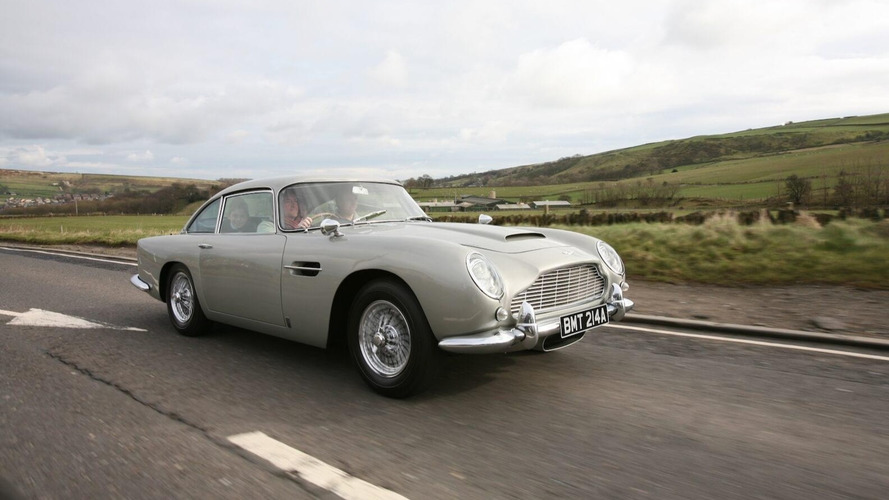 A subasta el Aston Martin DB5 de James Bond en GoldenEye