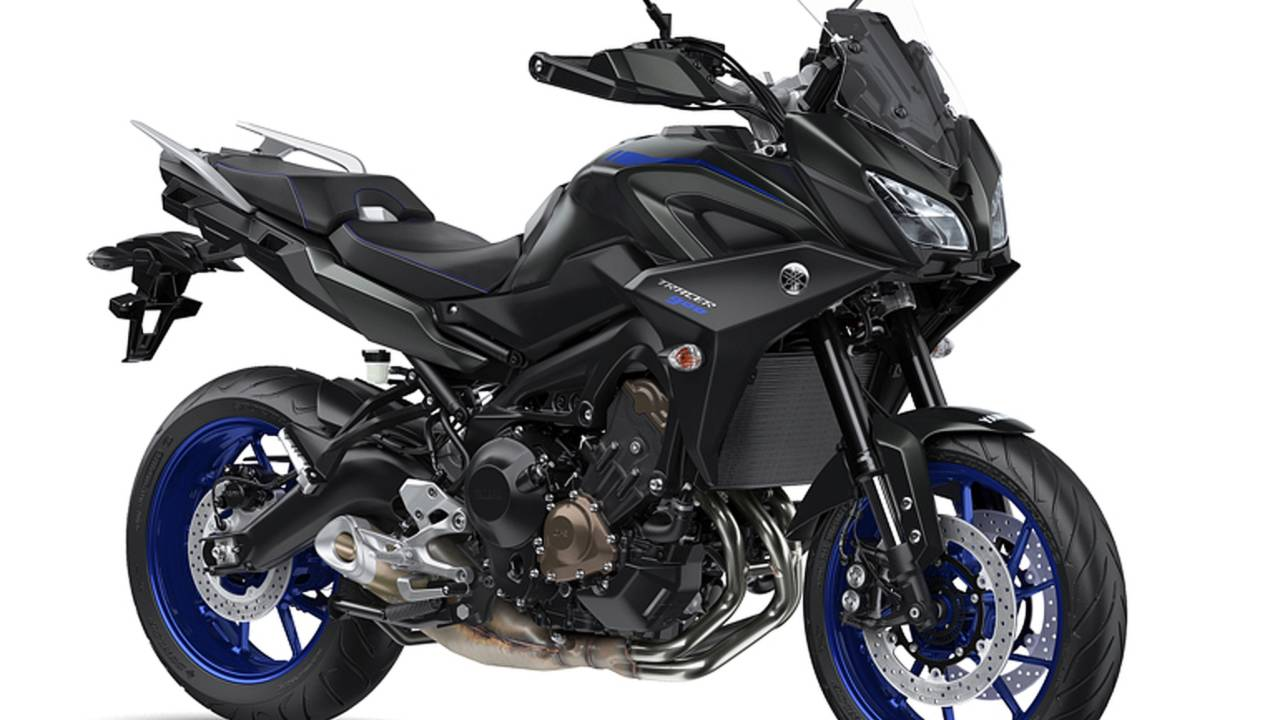 yamaha unwraps new tracer 900 and 900 gt at eicma 2017. Black Bedroom Furniture Sets. Home Design Ideas