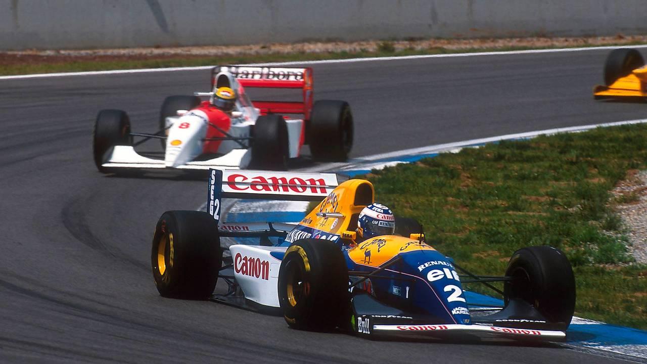 Prost se distancia de Senna
