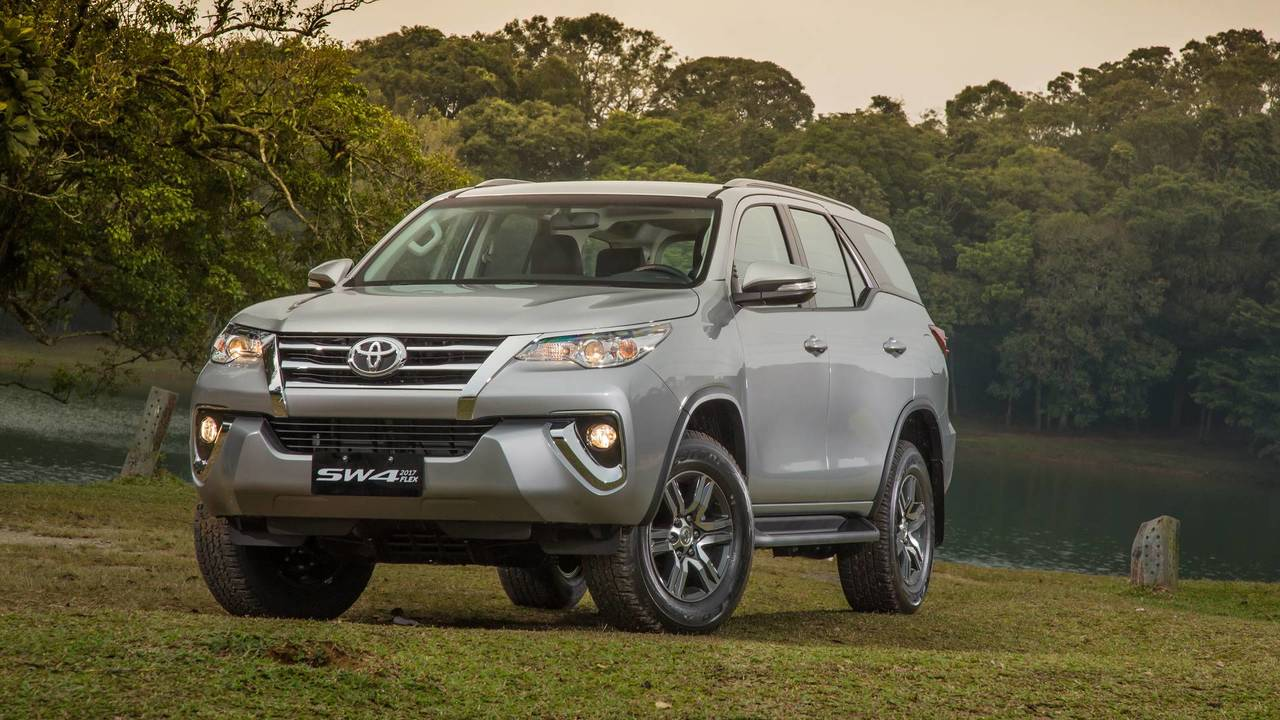Toyota Hilux SW4 2018