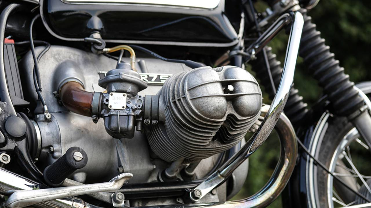 The revolutionary design of the BMW engine has often been copied, including the XA which was manufactured by Harley-Davidson during WWII.