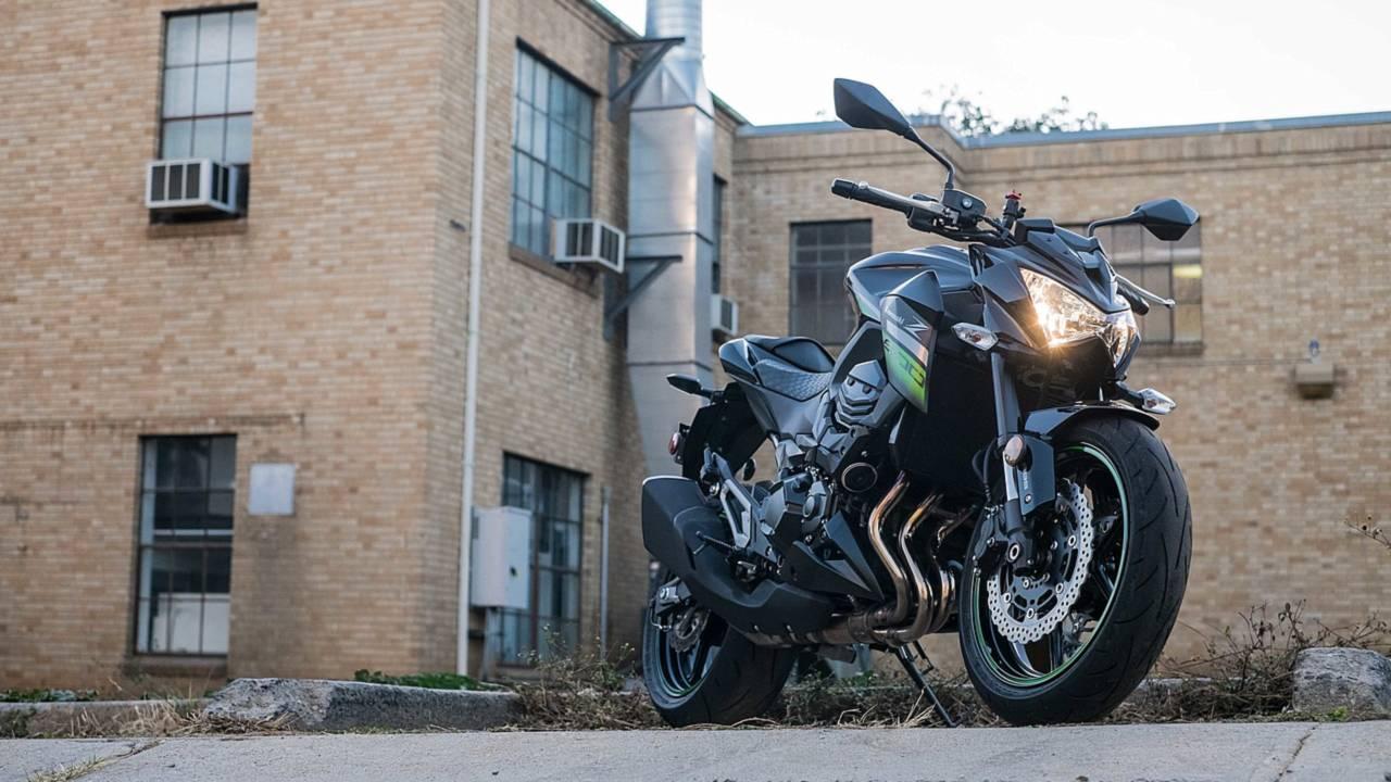 2016 Kawasaki Z800 - First Ride