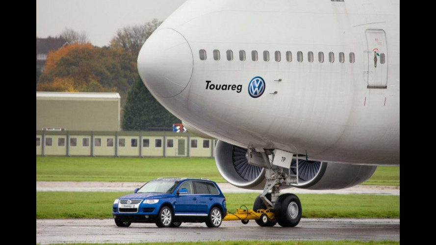 Una Touareg e un Boeing 747...
