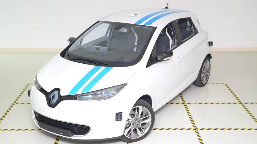 Profi versenyzők szintjét hozza a Renault önvezető akadályelkerülő rendszere