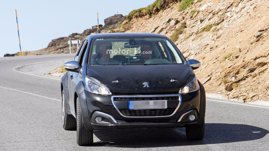 Peugeot 1008 photos espion