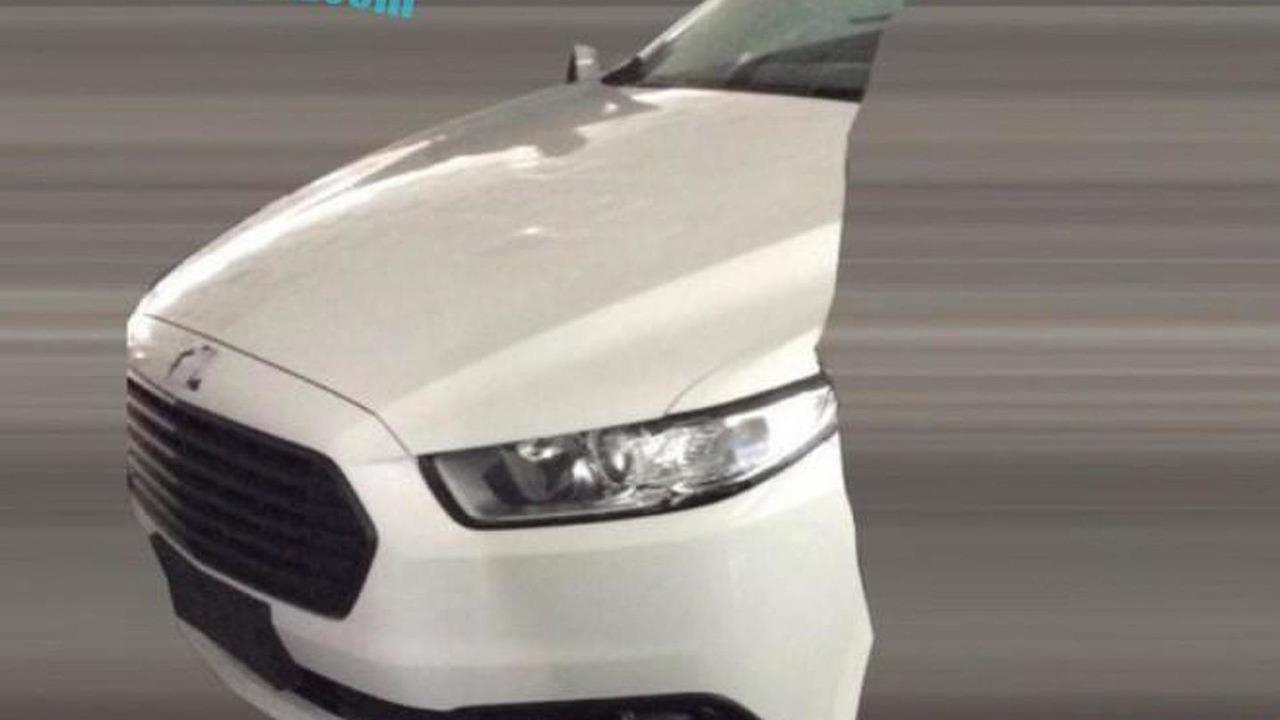 China-spec Ford Mondeo facelift spy photo / autohome.com.cn