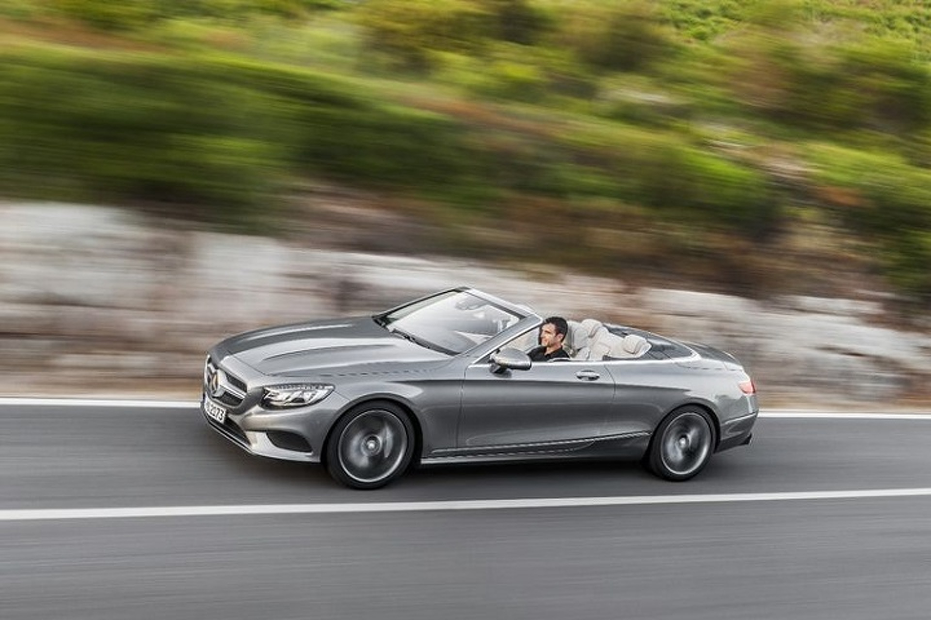 Mercedes S Class Cabriolet Is The Land Yacht We Ve Been Waiting For