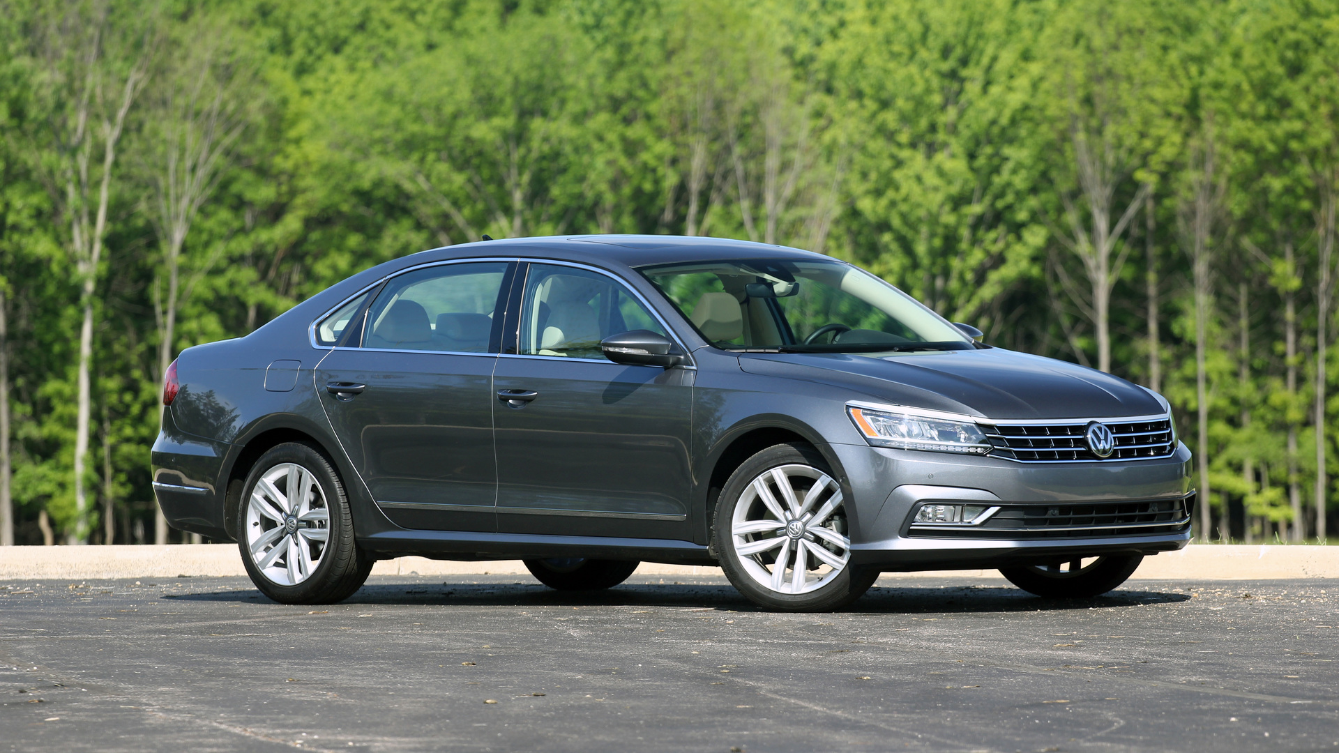 Review: 2016 Volkswagen Passat V6