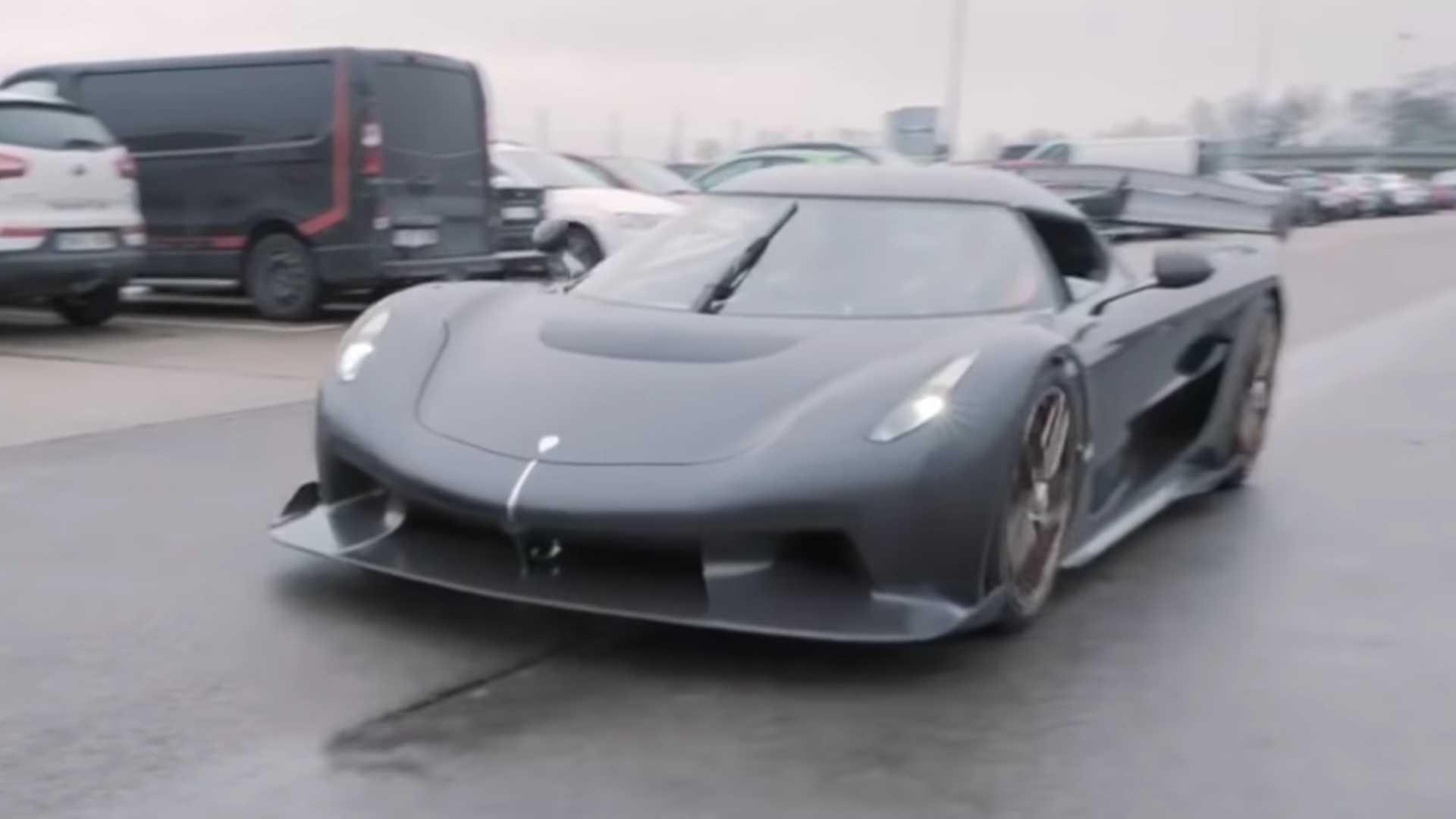 Watch Christian Von Koenigsegg Drive The Jesko Hypercar