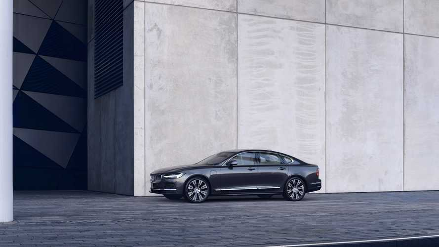 Volvo S90 saloon now only available as PHEV in UK