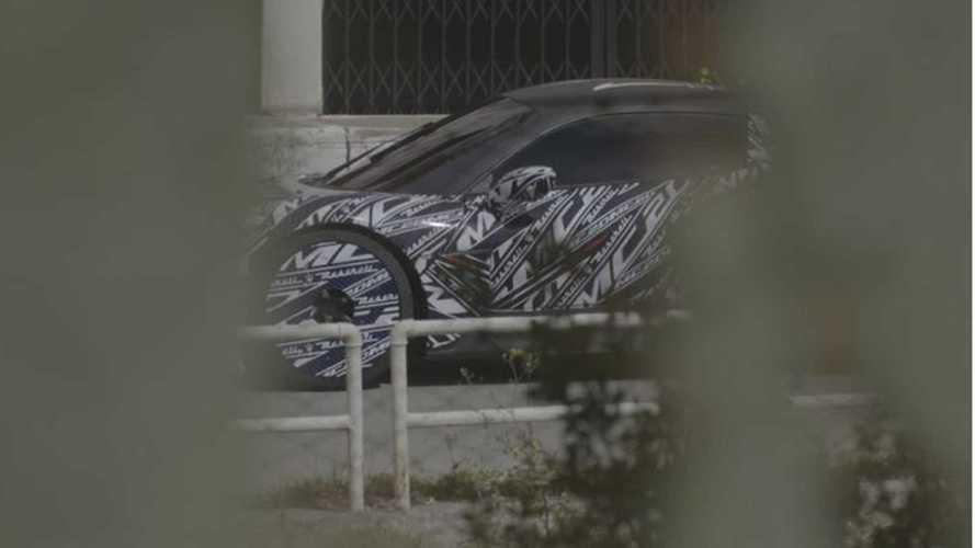 Maserati MC20, vedo, non vedo... su strada