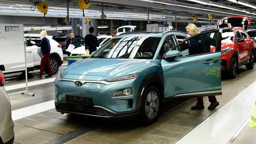 Produção de veículos elétricos começa a ser retomada na Europa