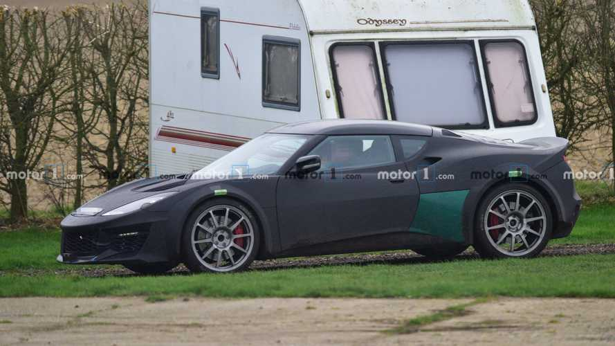 Lotus Esprit Spy Photos