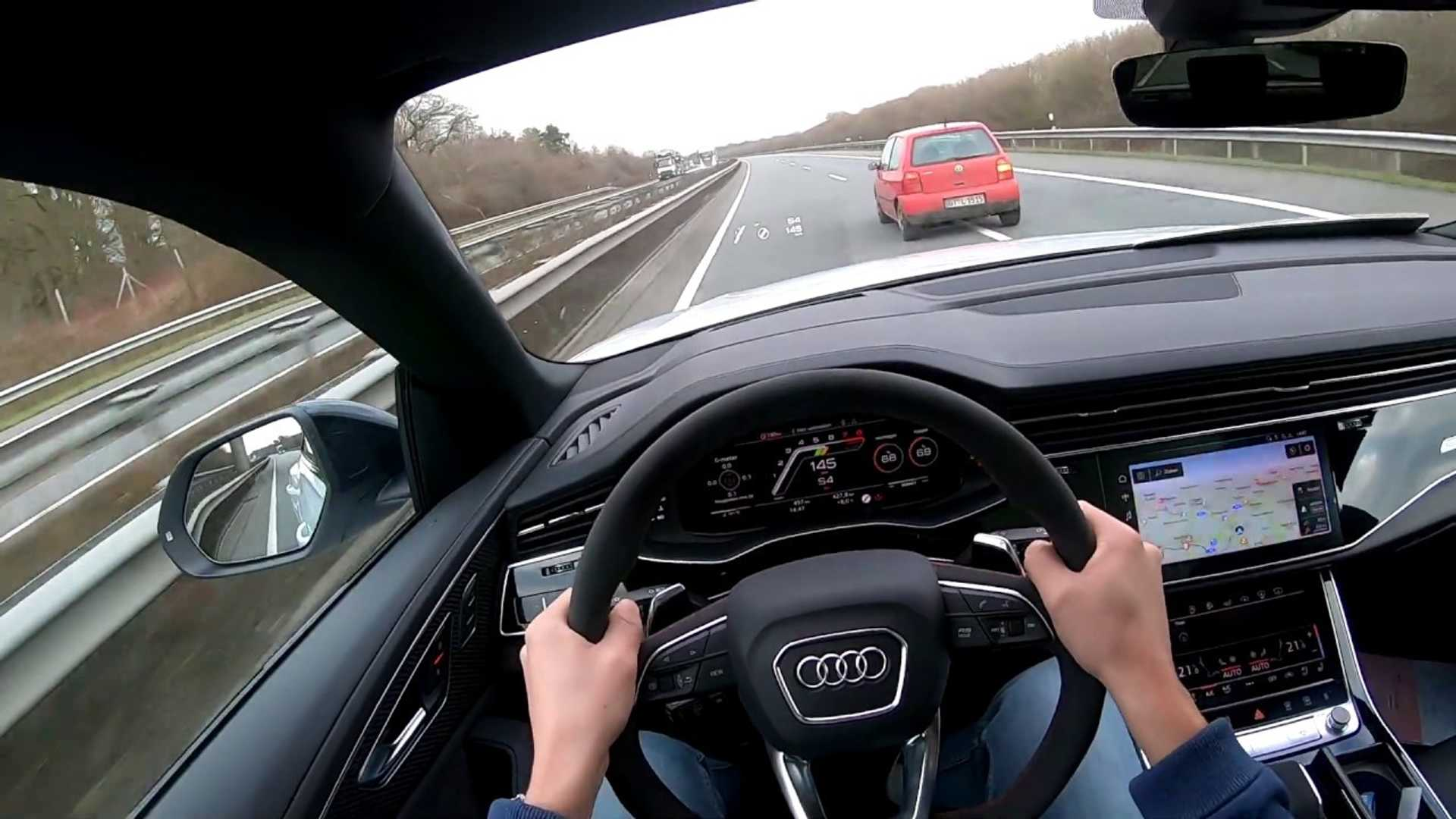 Audi RS Q8 effortlessly hits 188 mph on the Autobahn