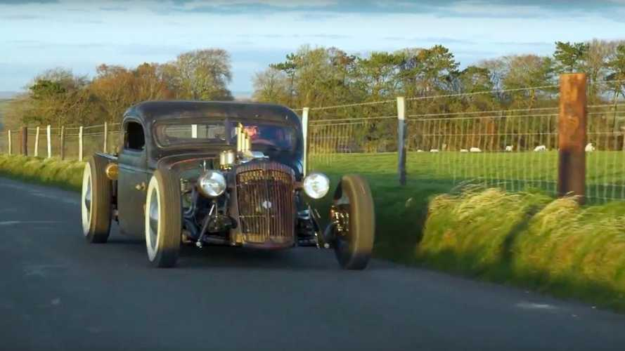 Collecting the Christmas tree in a rat rod
