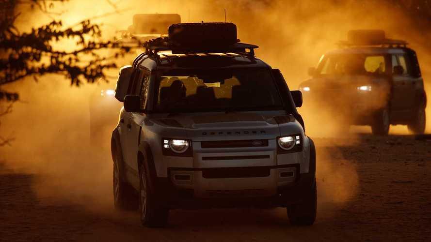 Land Rover Defender, off-road savaşında Discovery ile karşı karşıya