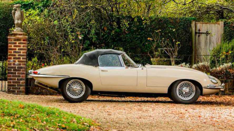 Dream Car Friday: Jaguar E-Type Series 1 Roadster