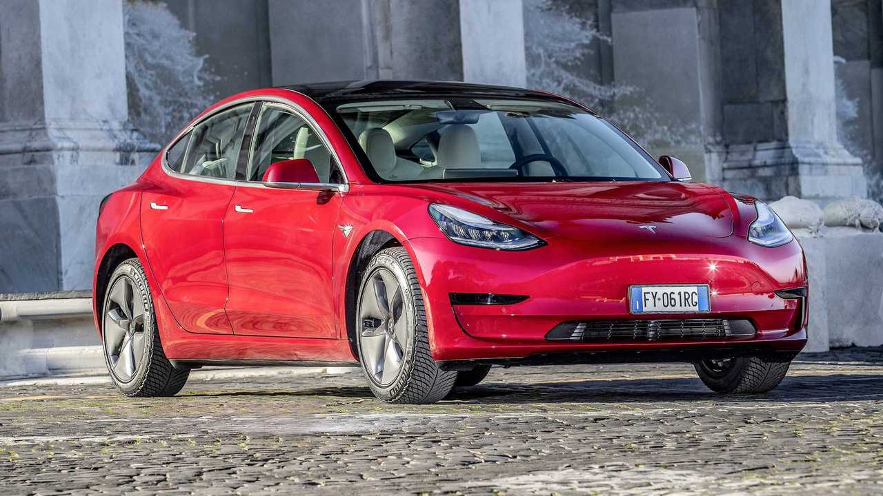 Tesla Model 3: Bis 580 km WLTP