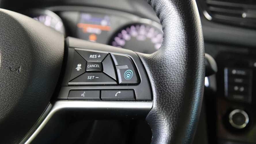 Российские Nissan Qashqai и X-Trail дождались «автопилота»