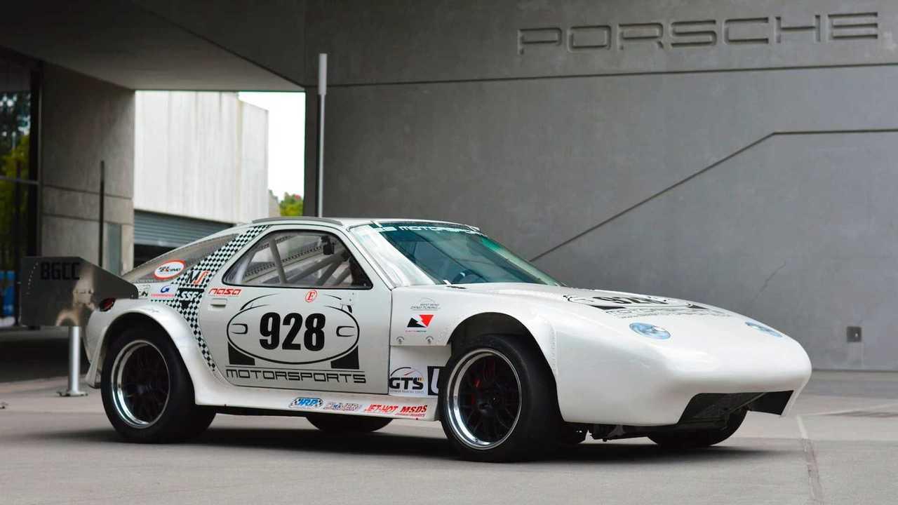 La Porsche 928 dei record va all'asta