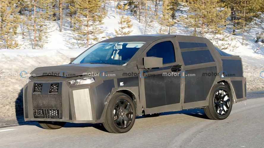 Garip FIAT prototipi bir kez daha görüntülendi