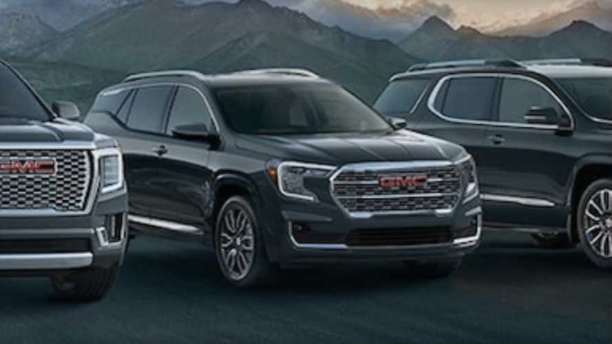 2022 GMC Terrain Denali Makes First Appearance In Family Photo