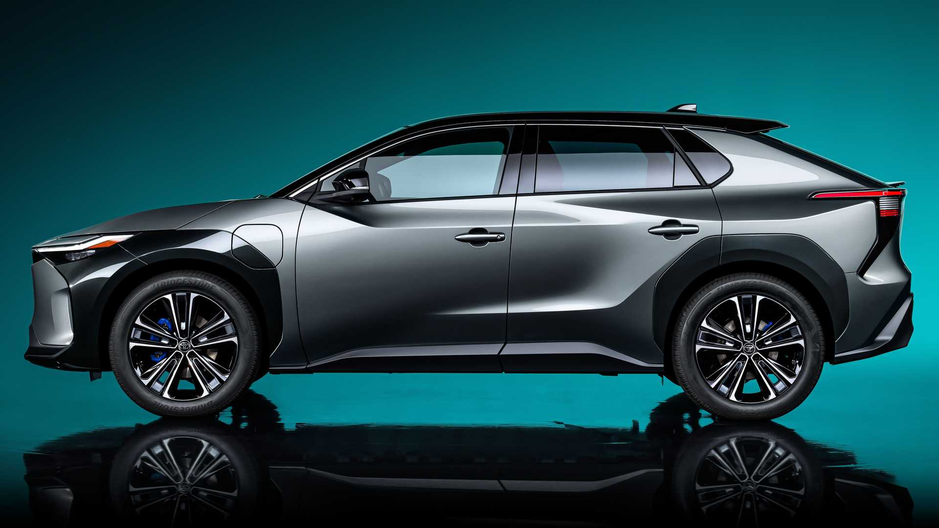 Toyota Reveals Electric SUV bZ4X Concept