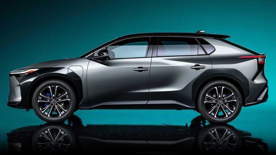 Toyota bZ4X concept, è un SUV la prima elettrica fatta con Subaru