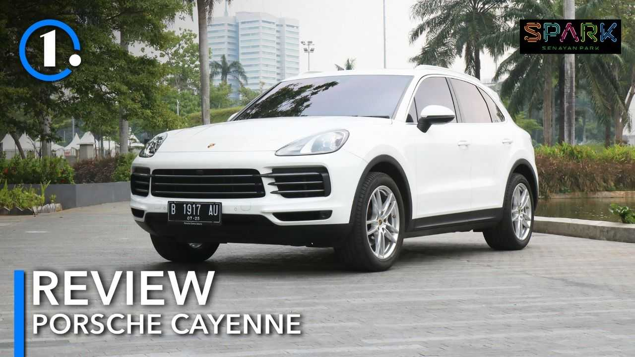 Porsche Cayenne jadi SUV mewah yang dilengkapi turbo.