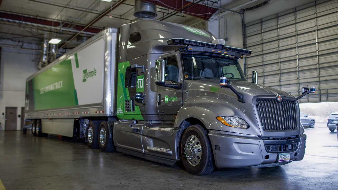 TuSimple self-driving truck quicker than human at deliveries.