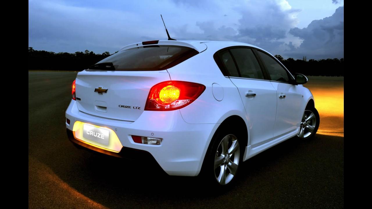 Chevrolet Cruze Sport6 é lançado oficialmente: O hatch tem preços a partir de R$ 64.900,00