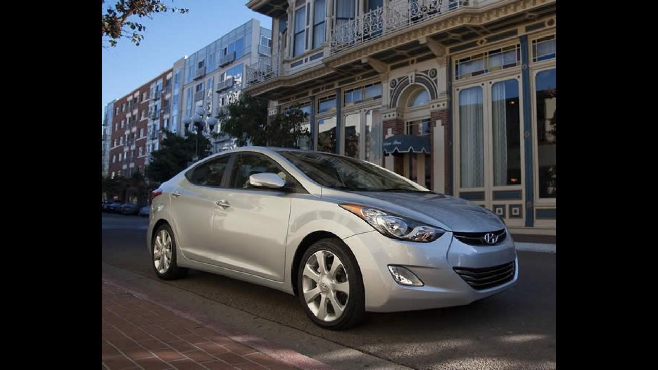 Hyundai Veloster e Elantra devem ser lançados no dia 14 de setembro