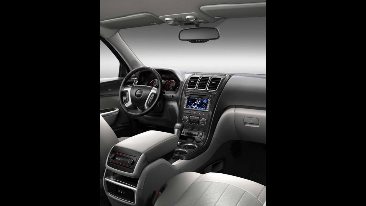 GMC apresenta o Acadia Denali 2011 - Seu primeiro crossover de altíssimo luxo