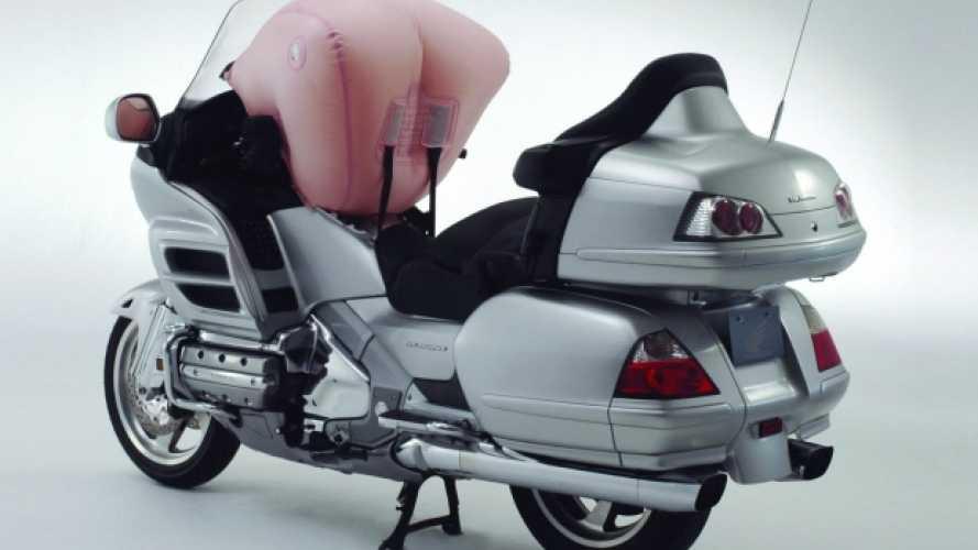 Honda, campagna di richiamo per GL 1800 Goldwing