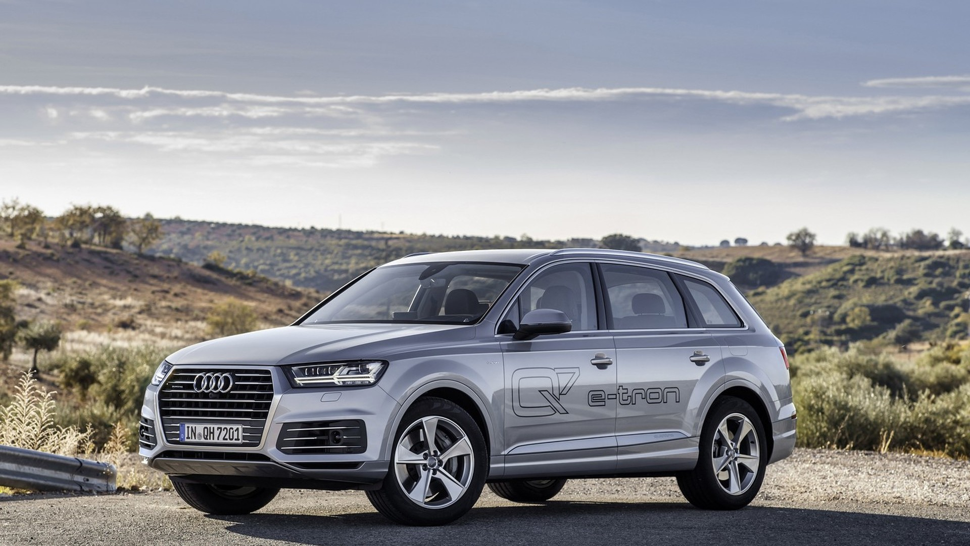 Audi Q7 E Tron Usa Release Date >> Audi Q7 E Tron 3 0 Tdi Quattro Priced From 80 500 New Images Released