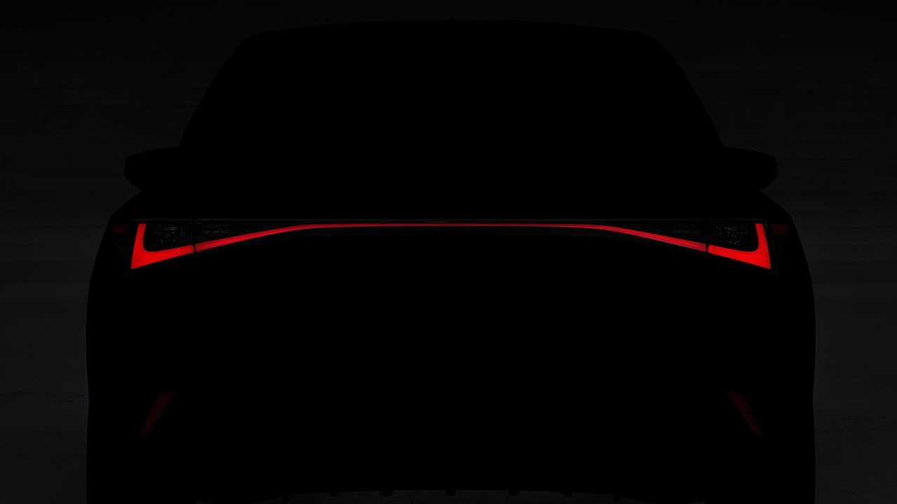тизер Lexus IS 2020