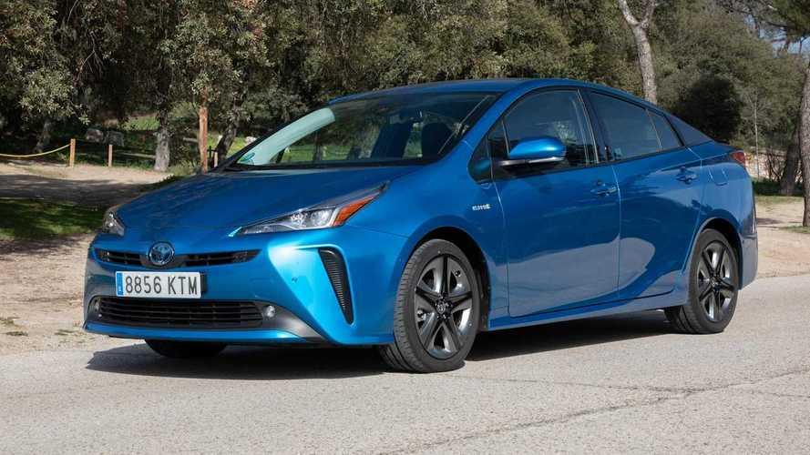 Guía de compra Toyota Prius Hybrid AWD-i 2020