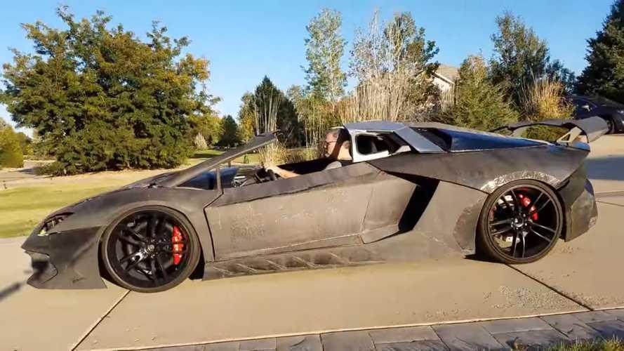 Oğlu için yazıcıdan Lamborghini Aventador çıkardı