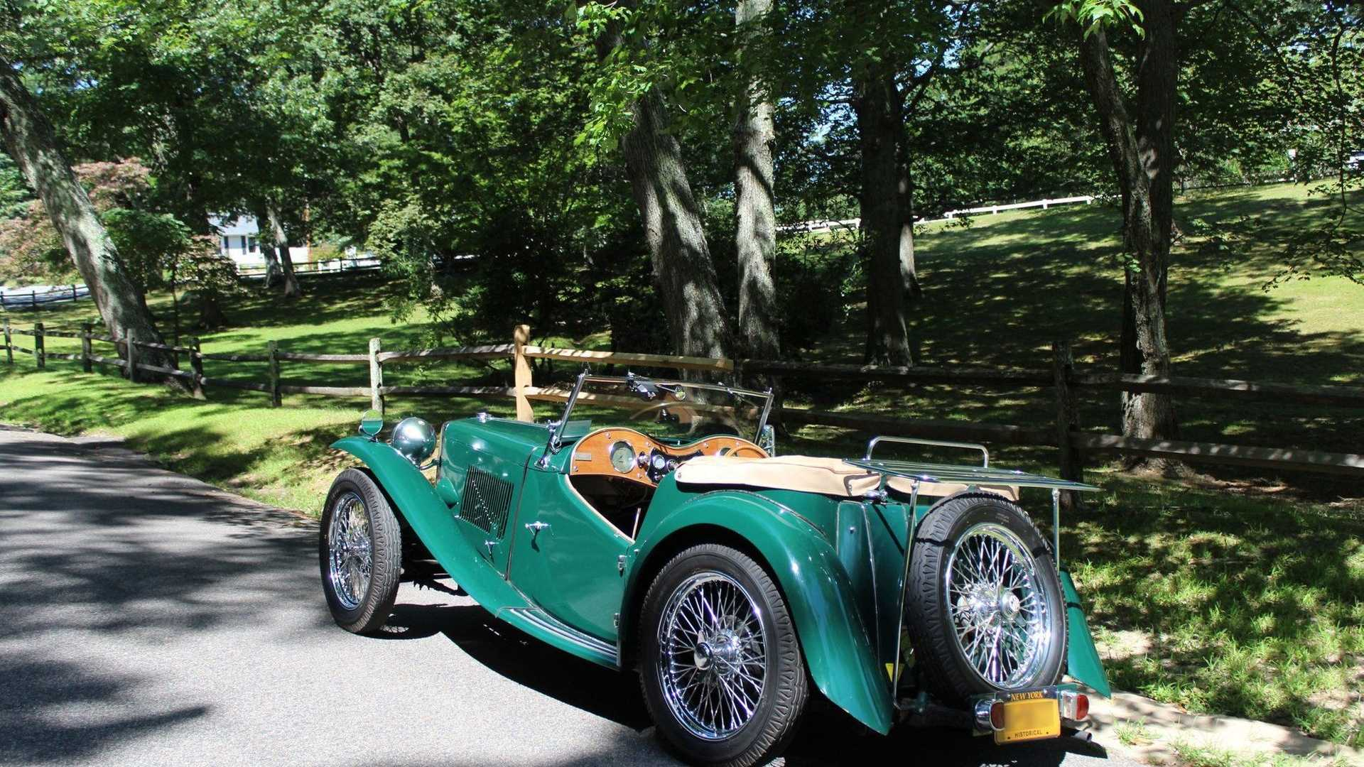 "[""Beautifully Restored Iconic 1949 MG TC Is A Green Dream""]"