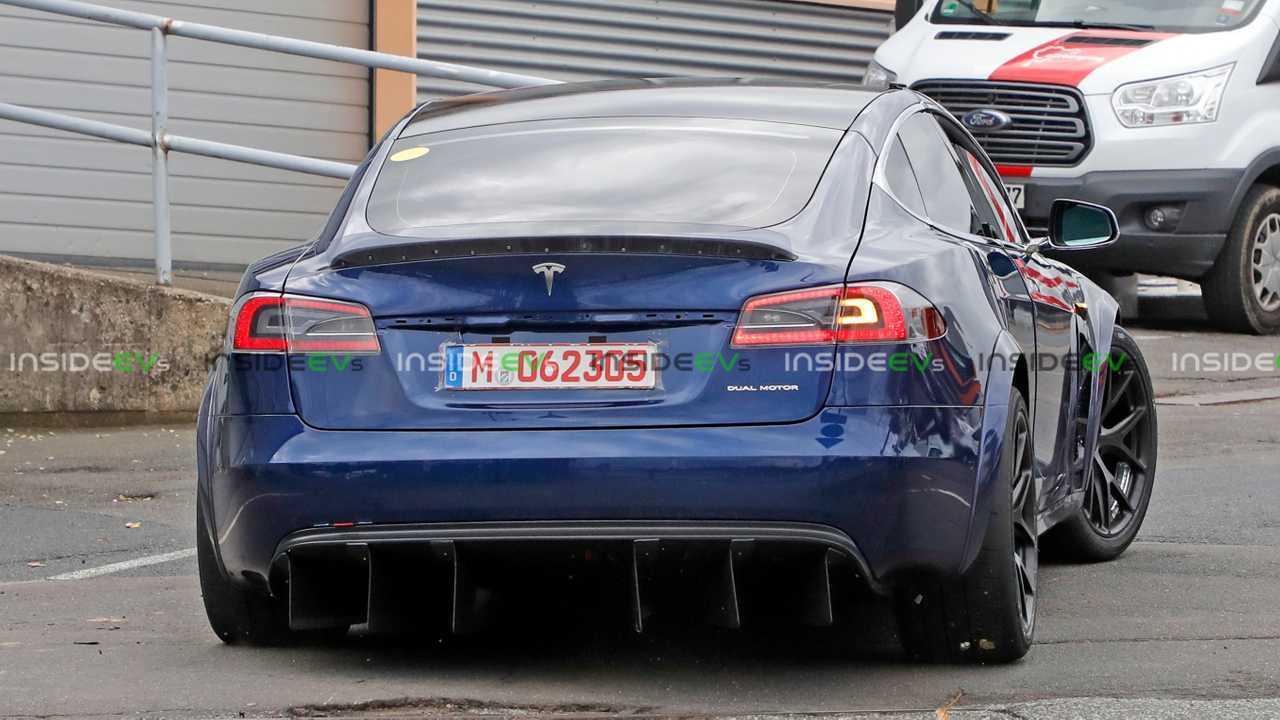Nuove immagini plaid Tesla Model S