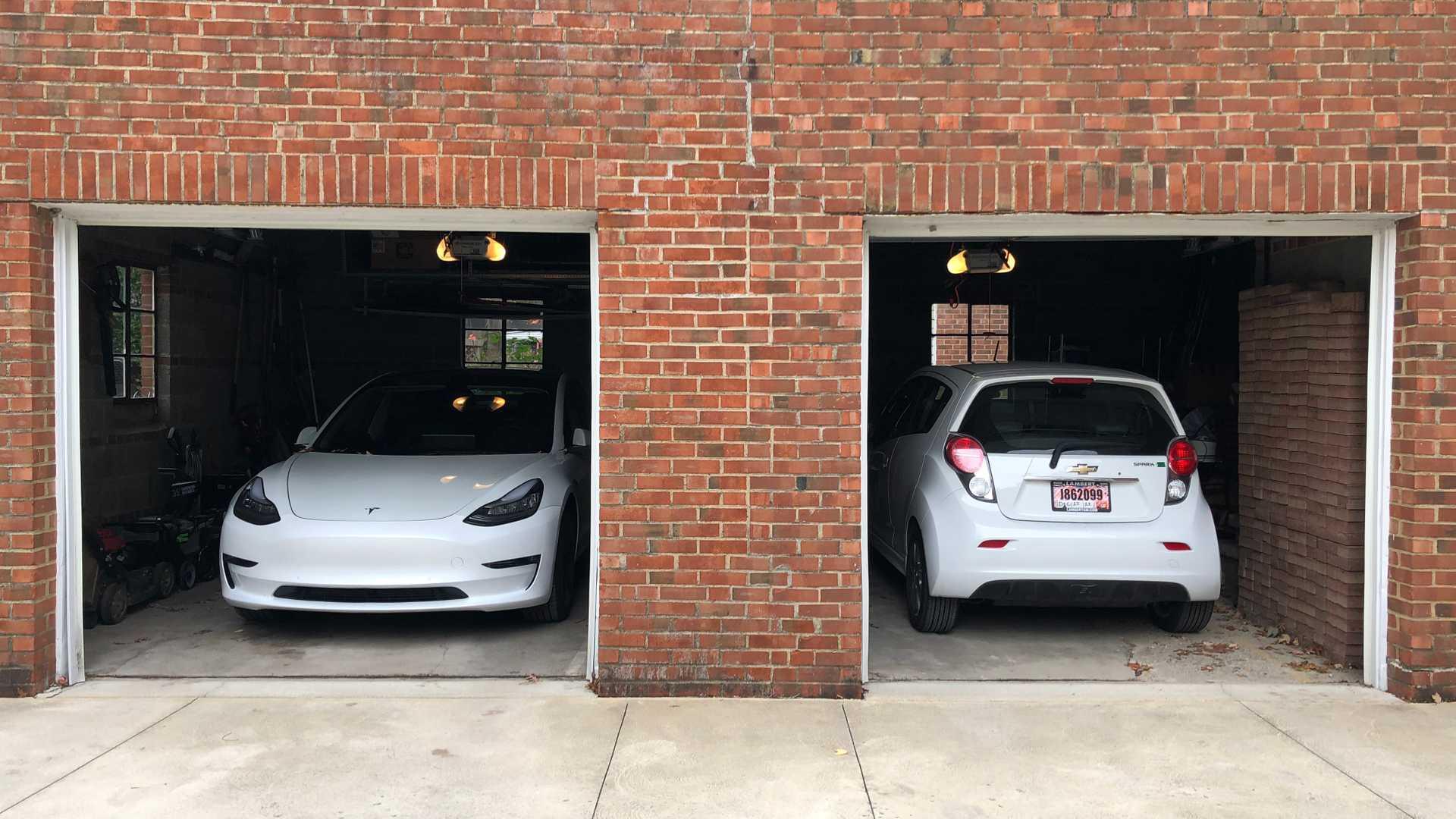 car e-charging